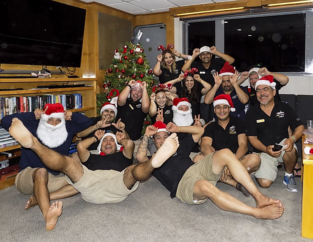 The Nautilus Belle Amie Crew Christmas Card