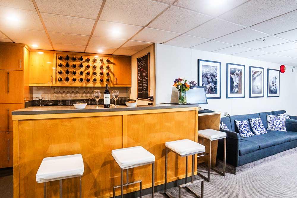 Belle Amie Main Deck Bar