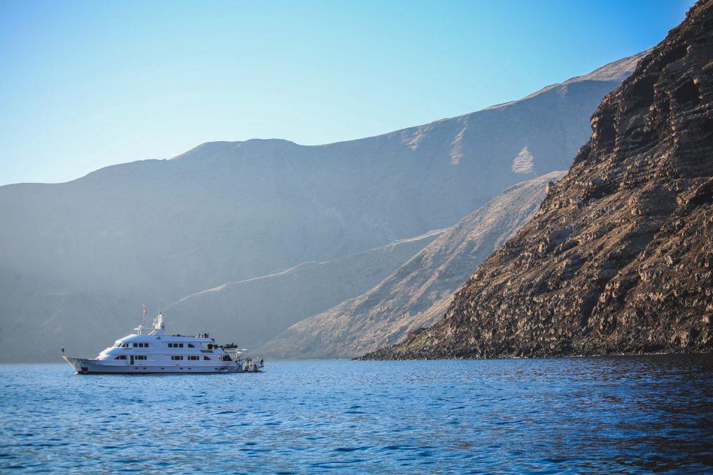 Nautilus Belle Amie arriving Guadalupe Island