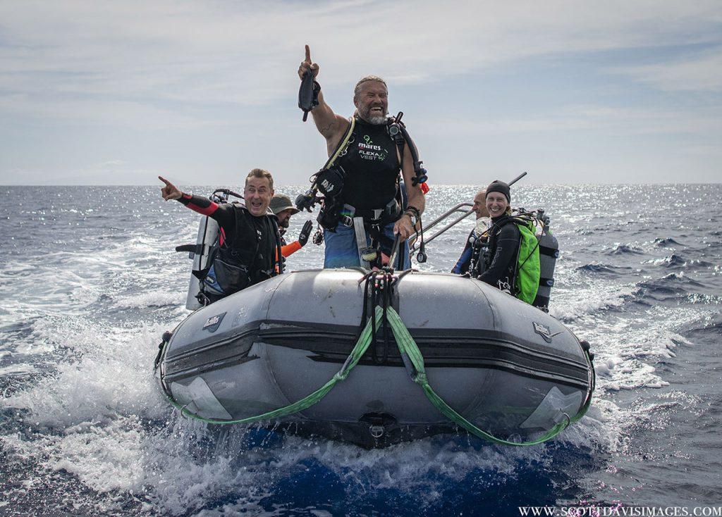 Nautilus dive crew
