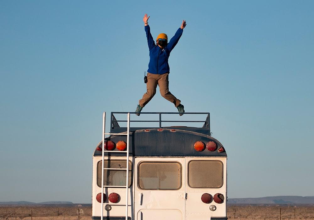 Bus Jump - © Dany Taylor